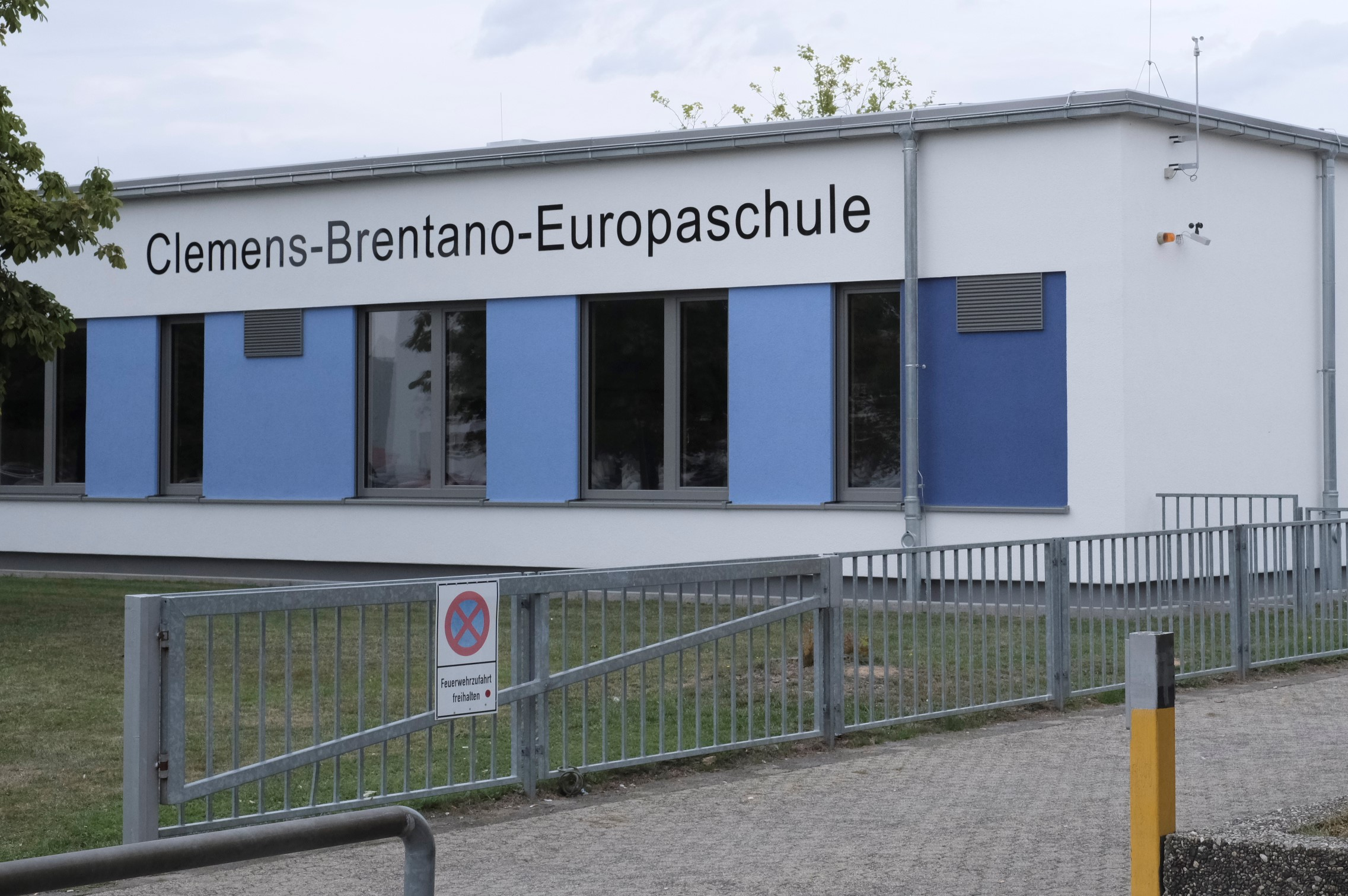 Außenansicht der Clemens-Brentano-Europaschule